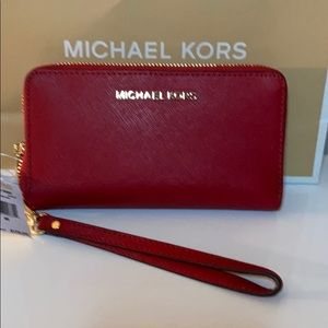 NWT authentic MichaelKors Scarlet Leather Wristlet